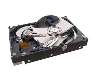 Ist die Festplatte kaputt, können Daten nur noch von einem vorher erstellten Back-up neu aufgespielt werden